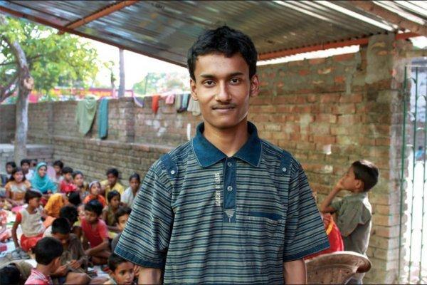 Необычный учитель Бабар Али