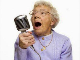 Ученые доказали: музыка замедляет старение мозга