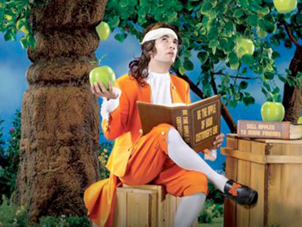 А падало ли яблоко на голову Ньютону?