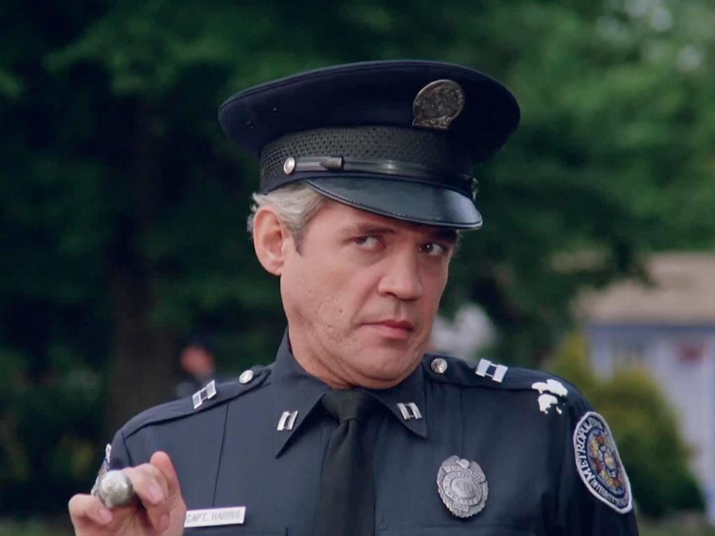 Полицейских учат ясновидению и телепатии!