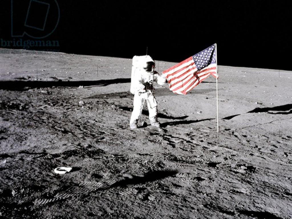 Сенсация: США никогда не были на Луне!