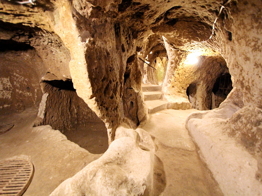 Ученые обнаружили подземный мир!